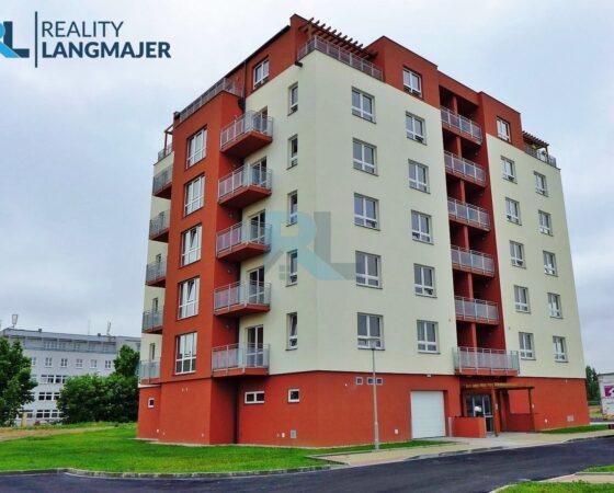 Pronájem bytu 1+kk + lodžie a sklep, Plzeň Bory